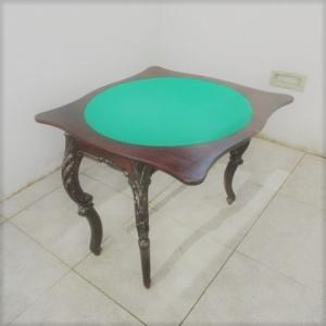 Mesa de jogo vintage