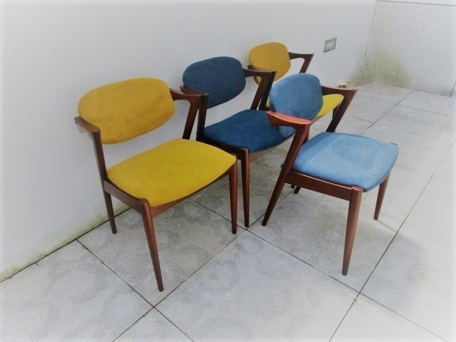 Nordic style chair, designed by Kai Kristiansen. Nordic furniture in Porto. Vintage Furniture in Porto. Restoration of furniture in Porto.