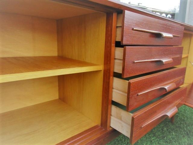 Nordic teak sideboard.Nordic furniture in Porto.Vintage furniture in Porto.Restoration of furniture in Porto.
