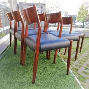 Cadeiras vintage em pau santo