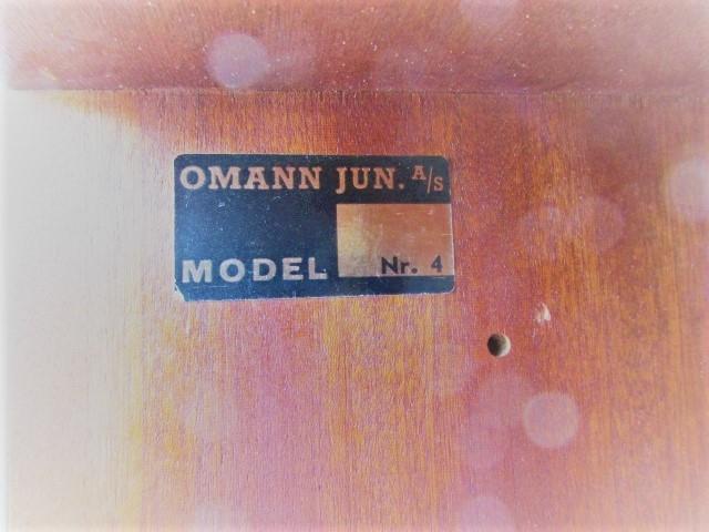 Nordic sideboard in rosewood designed by Omann Jun, 4 model.Nordic furniture in Porto.Vintage furniture in Porto.Furniture restoration in Porto.
