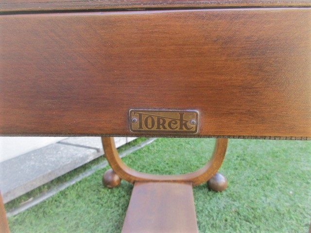 Dressmaker, sewing furniture, vintage. Nordic furniture in Porto. Vintage furniture in Porto. Furniture restoration in Porto