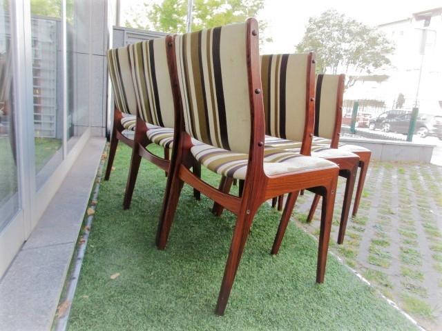 Cadeiras nórdicas em pau santo. Mobiliário nórdico no Porto. Mobiliário vintage no Porto. Restauro de móveis no Porto.