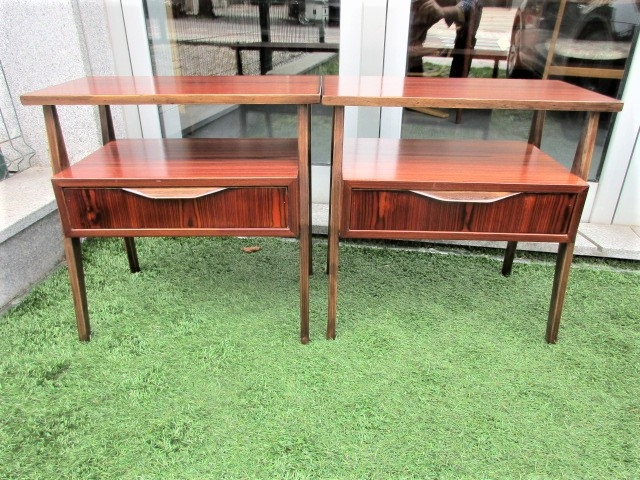 Nordic bedside tables in rosewood. Nordic furniture in Porto. Vintage furniture in Porto. Furniture restoration in Porto.